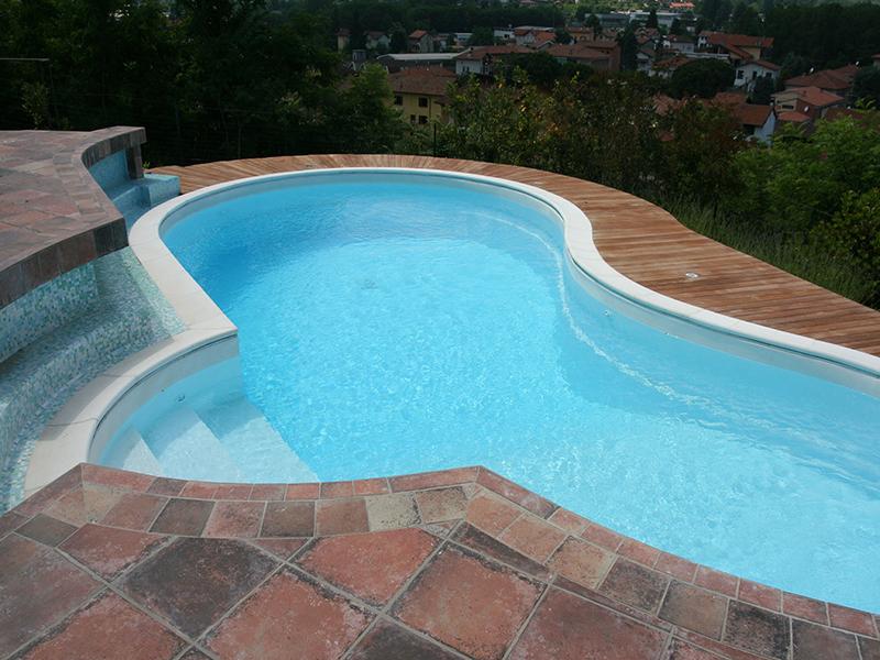 Fornitura, costruzione, realizzazione piscine
