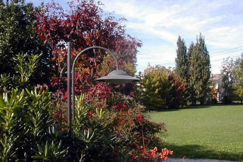 Lampade da giardino produzione e installazione - Tecnogreen