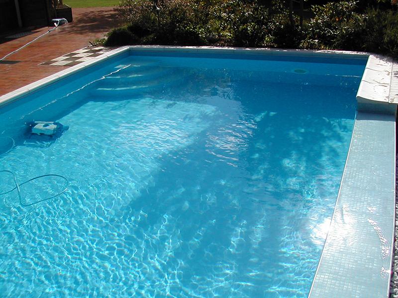 Vendita e assistenza pulitori piscina